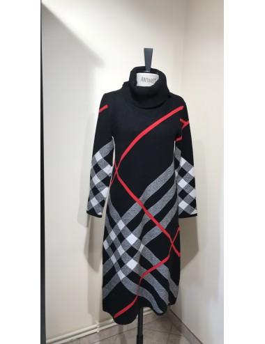 Ciepła damska sukienka